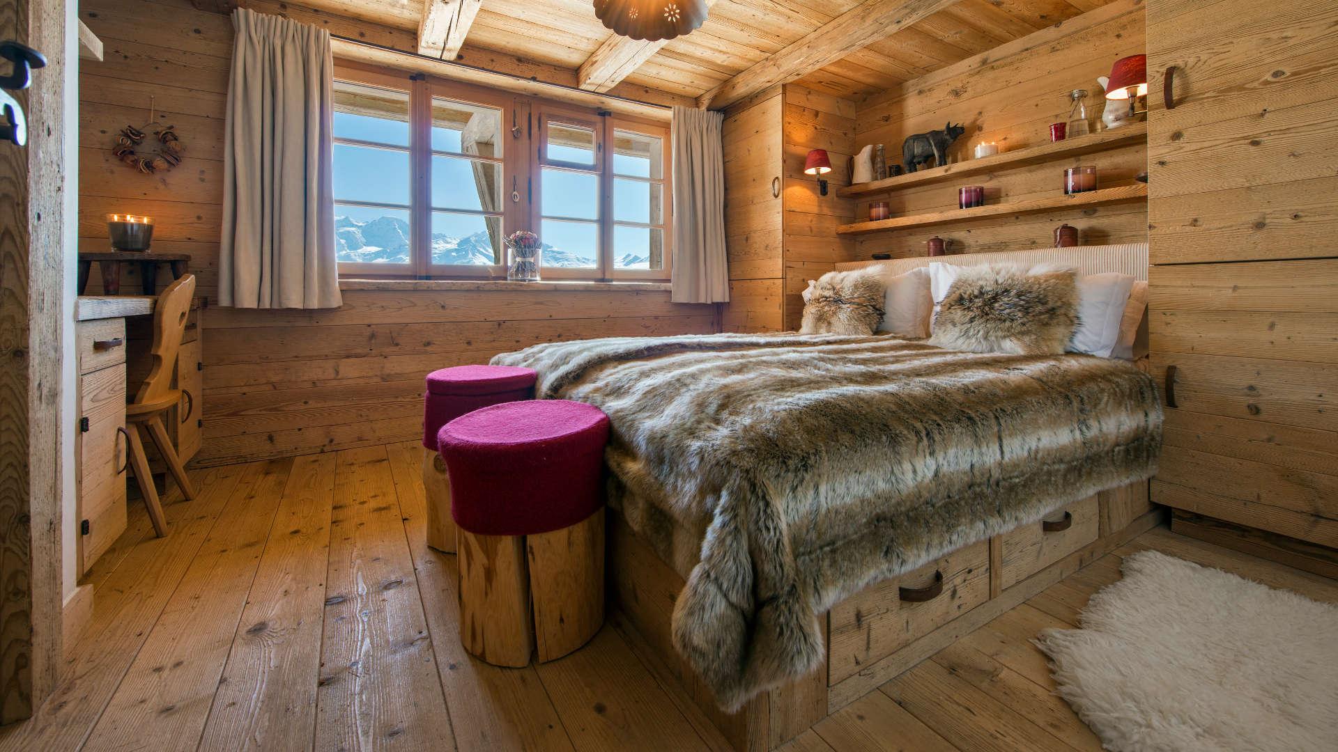 chalet-nyumba-bedroom2-2