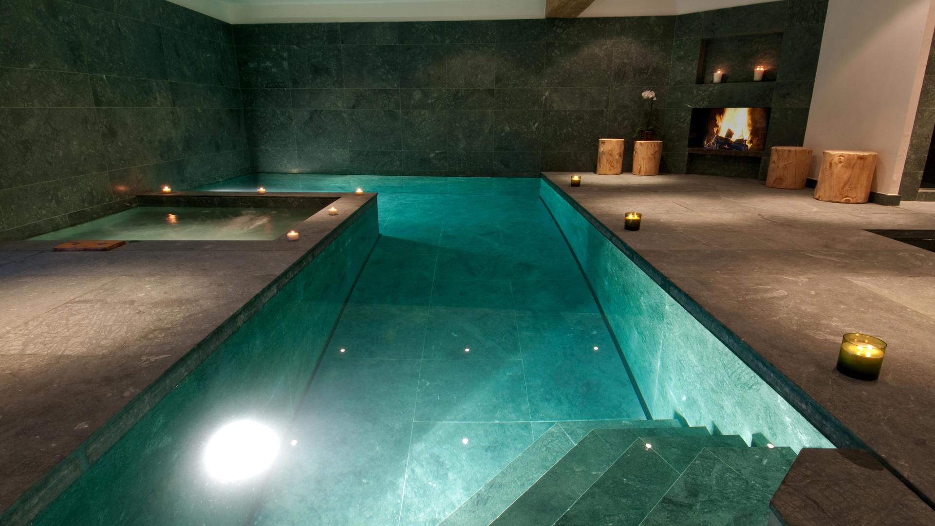 chalet-nyumba-swimming-pool-2