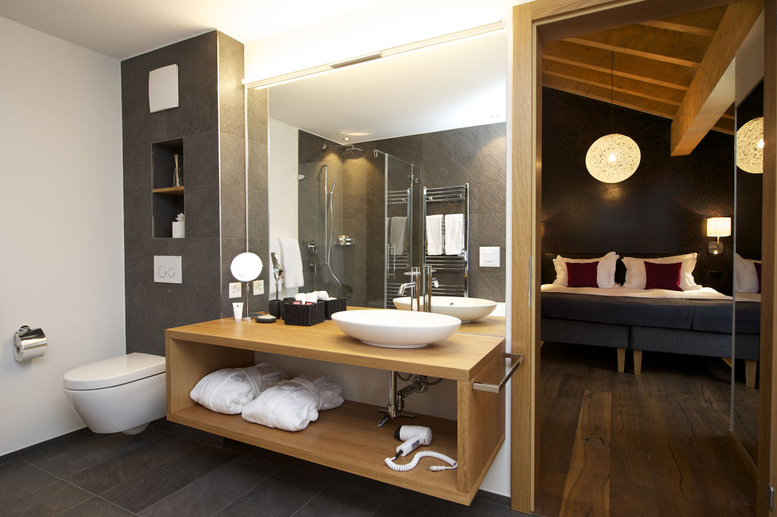 chalet-aria-bathroom2