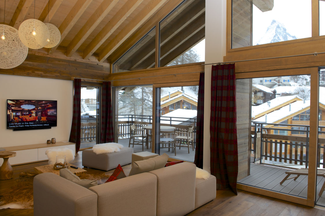 chalet-aria-living-3