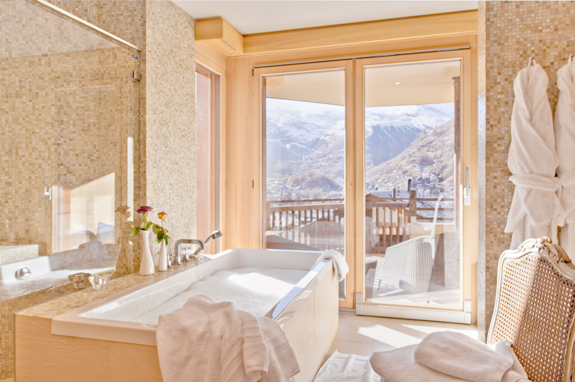chalet-grace-bathroom3-2