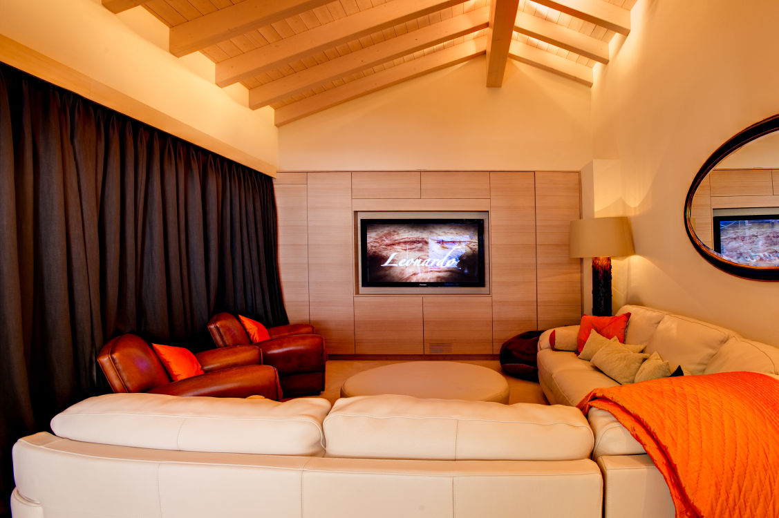 chalet-grace-cinema-room-2