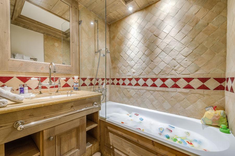 chalet-montana-kids-bathroom-2