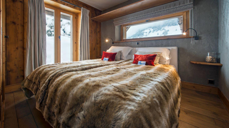 chalet-pierre-avoi-bedroom2-2