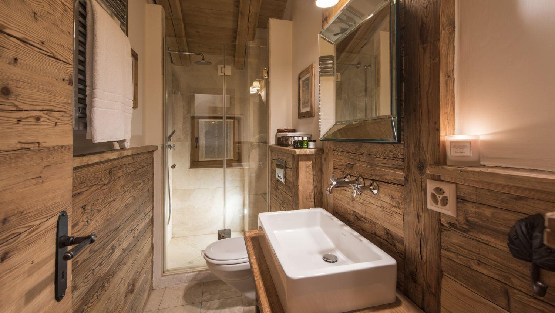 chalet-treize-etoile-bathroom2-2