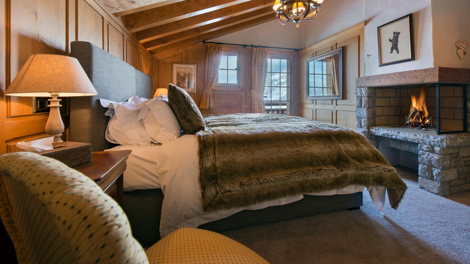 les_attelas_-_bedroom_1_1