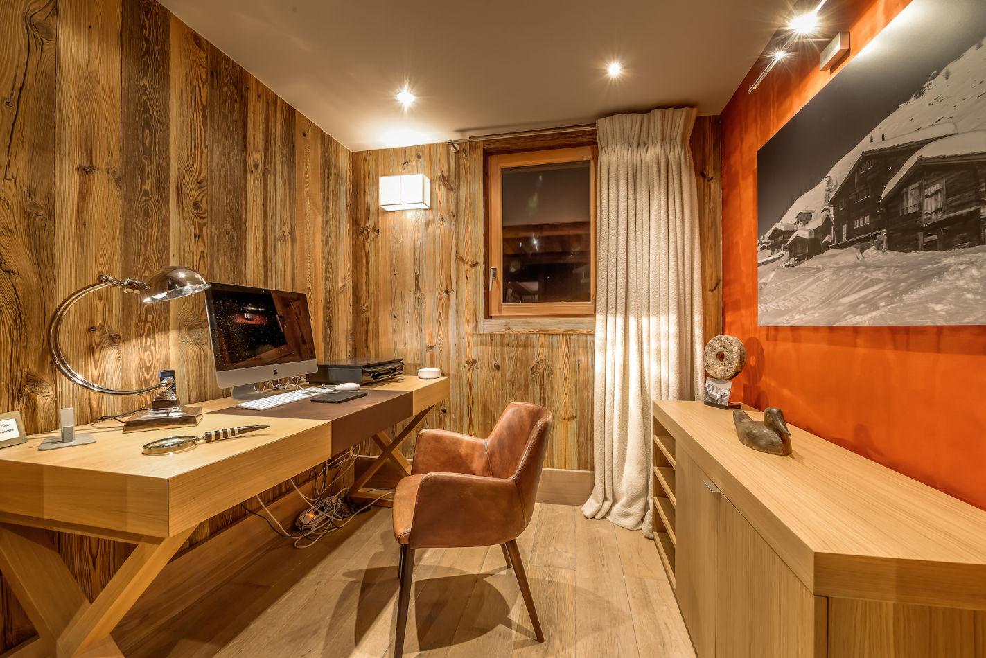 mont-tremblant-office