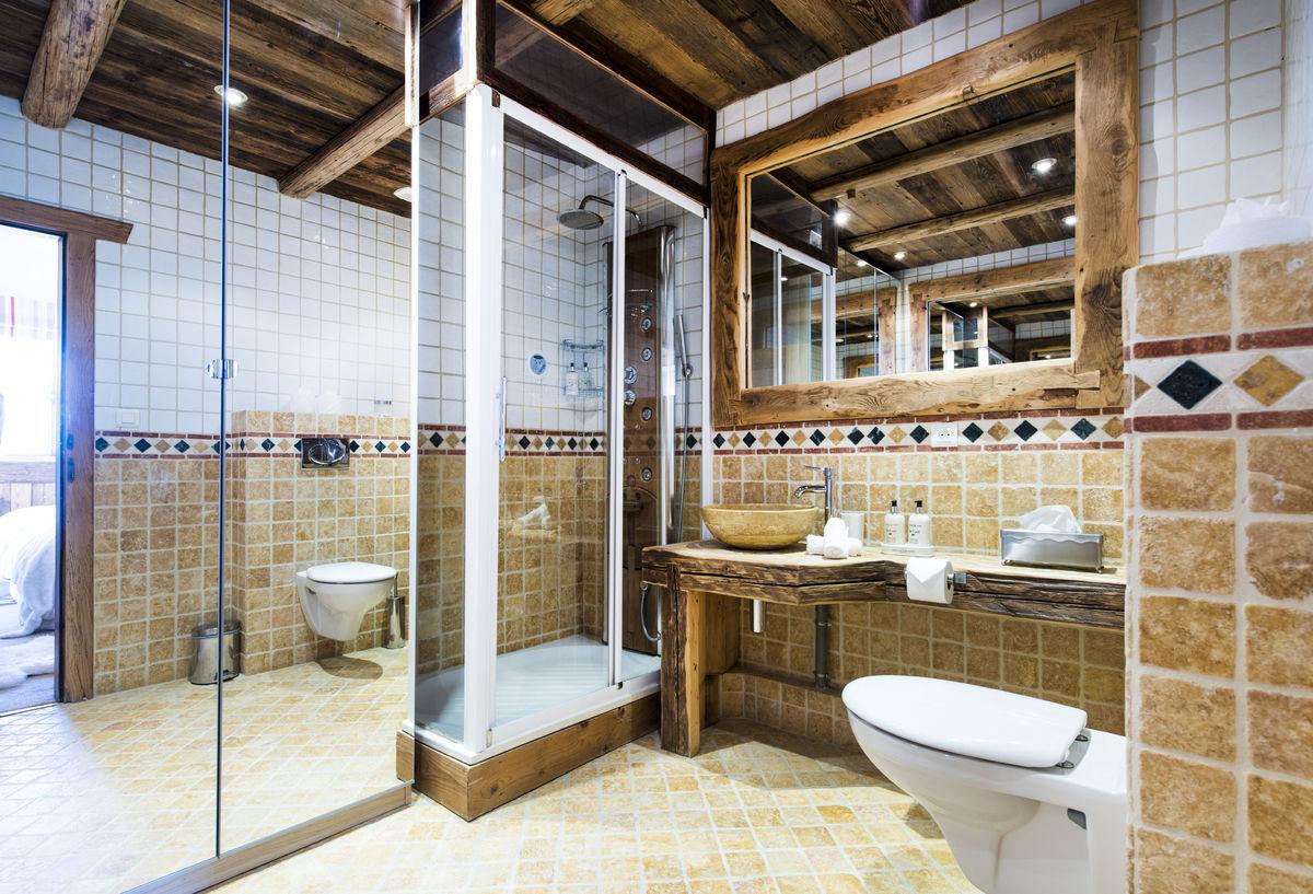 bathroom-aurora-2-mistral