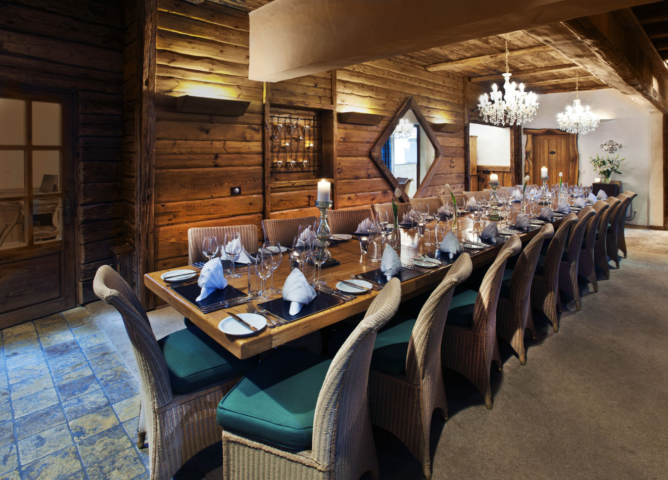 le-chardon-dining-room-2