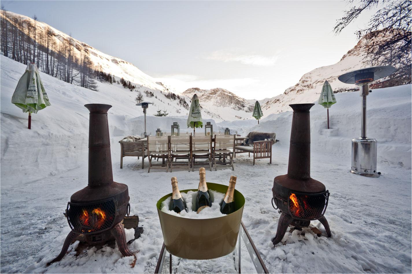 le-chardon-terrace-and-table-2