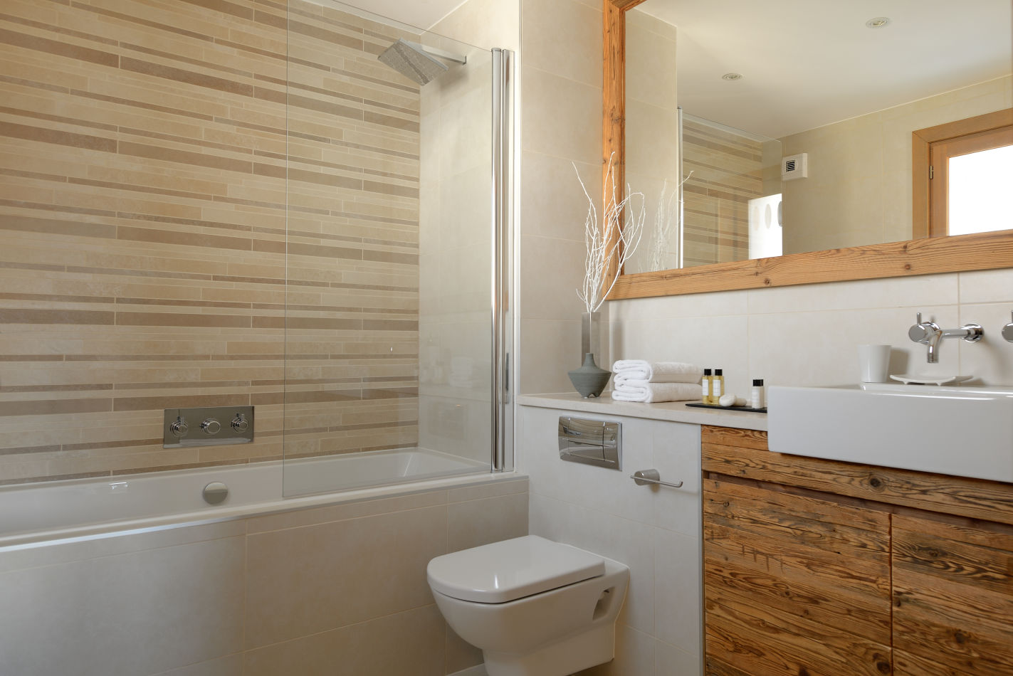 14-en-suite-bathroom-all-bathrooms-the-same-style-quality