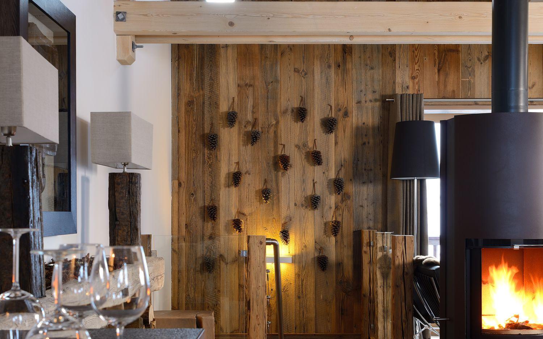 30-living-room-fir-cones