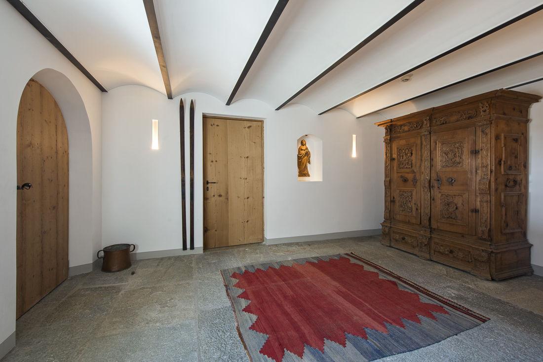 chalet-almajur-hall-2