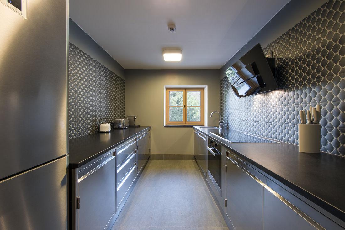 chalet-almajur-kitchen-2
