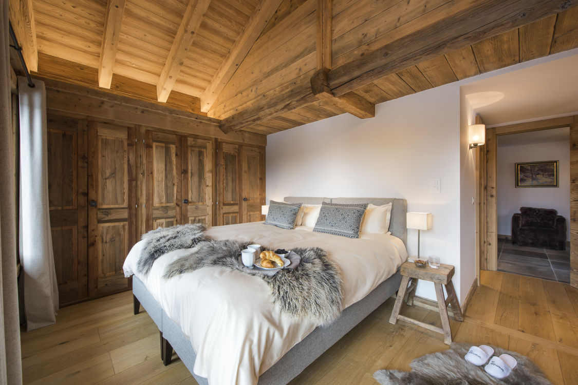 chalet-delormes-bedroom-2
