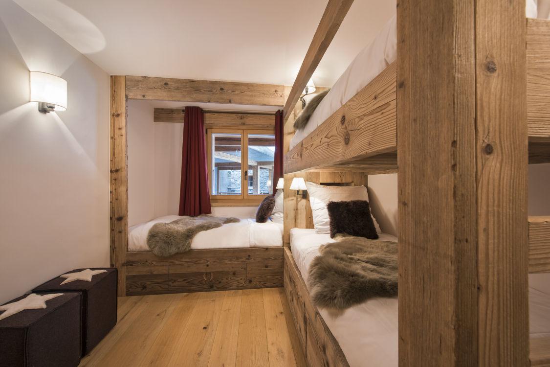 chalet-delormes-bunk-room2-2