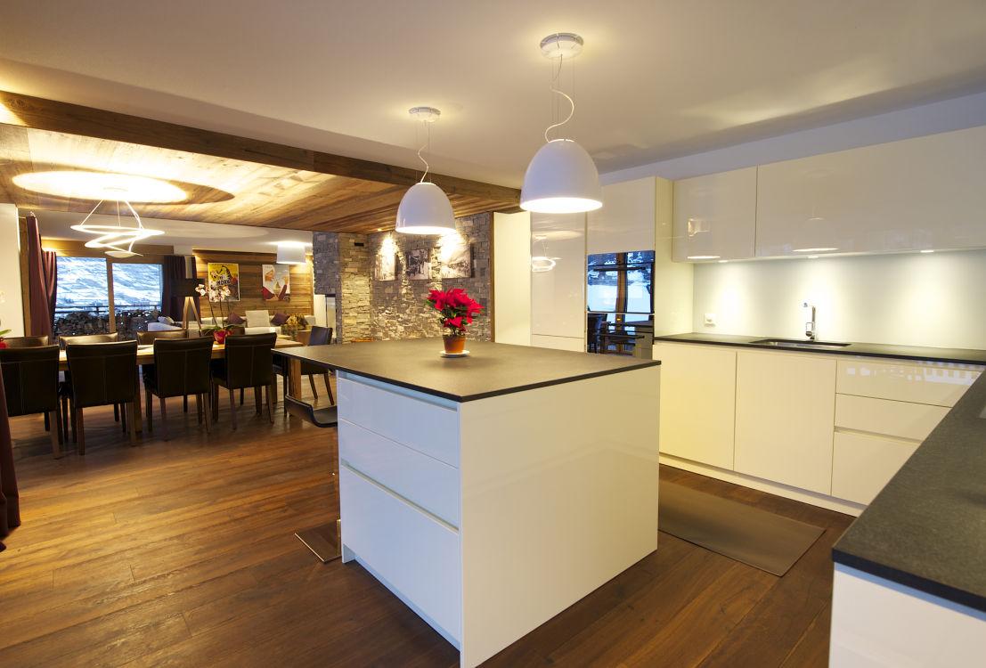 chalet-lys-kitchen-2