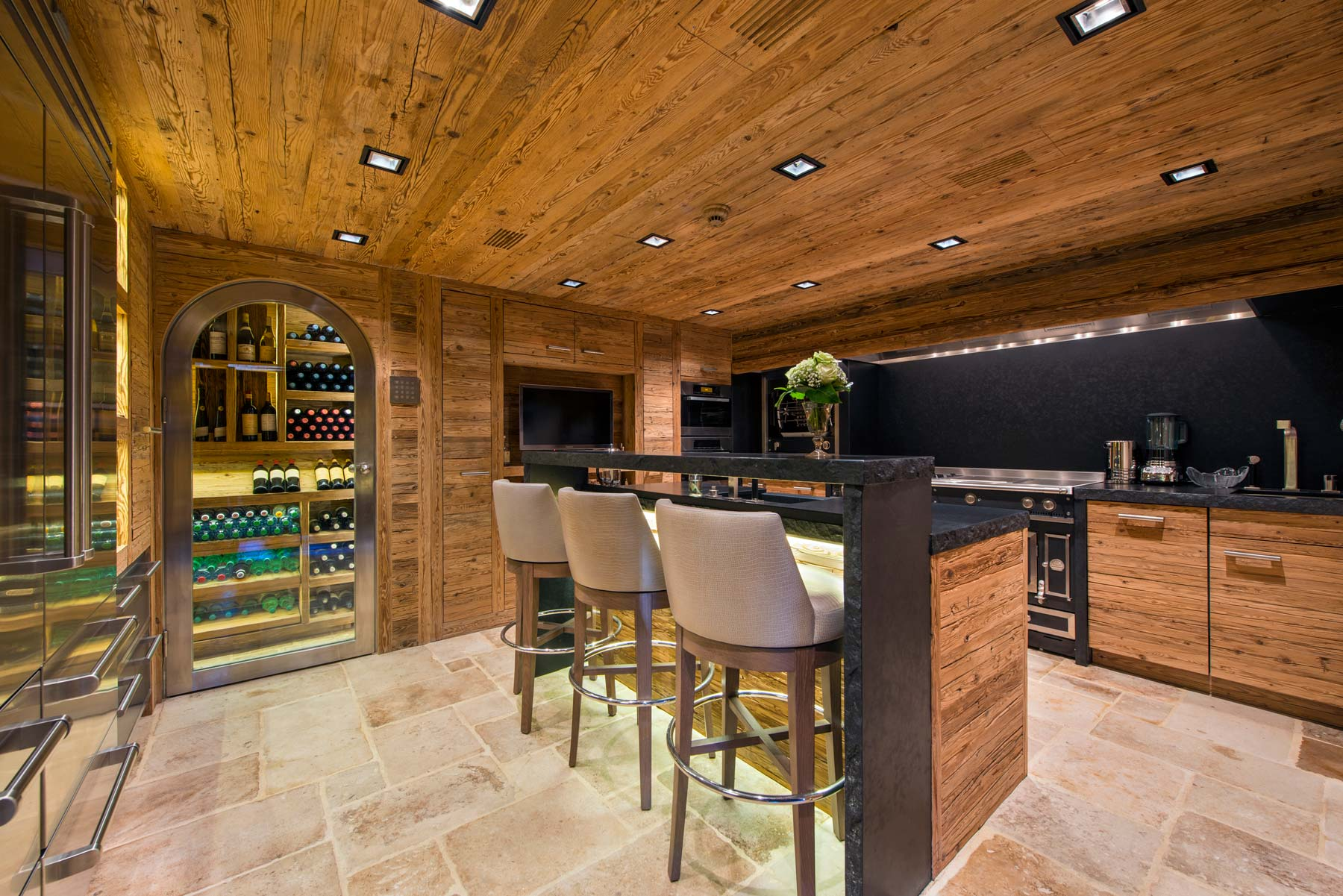 chalet-makini-kitchenbar-2