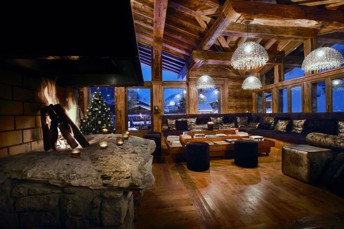 chalet-marco-polo-fire-3