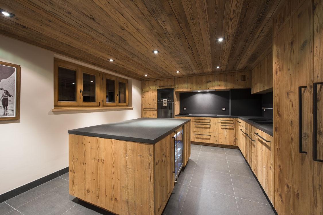 chalet-sirocco-kitchen-2