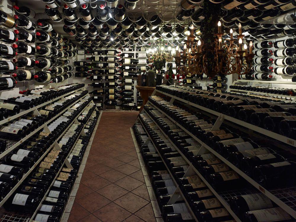 alberg-austria-wine-cellar-2