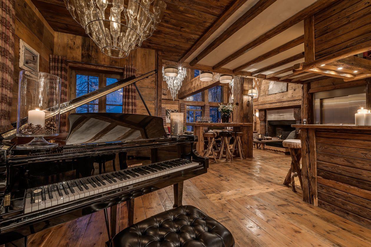 chalet-le-rocher-piano-2