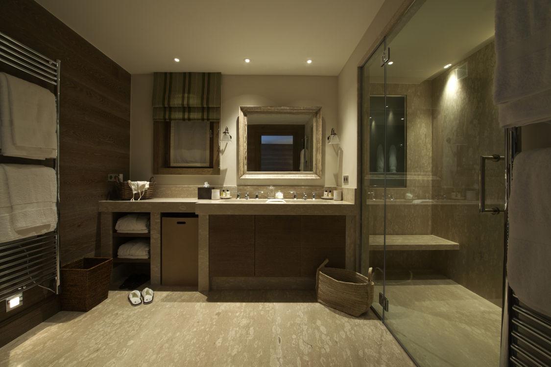 shemshak-lodge-bathroom2-2