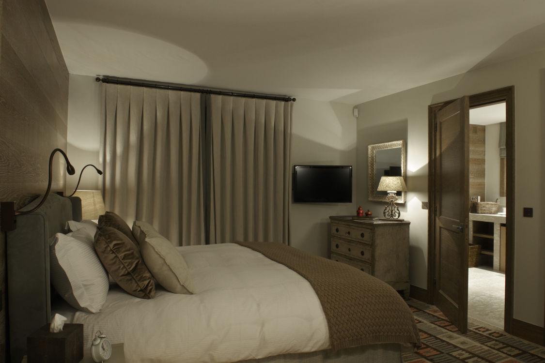 shemshak-lodge-bedroom3-2