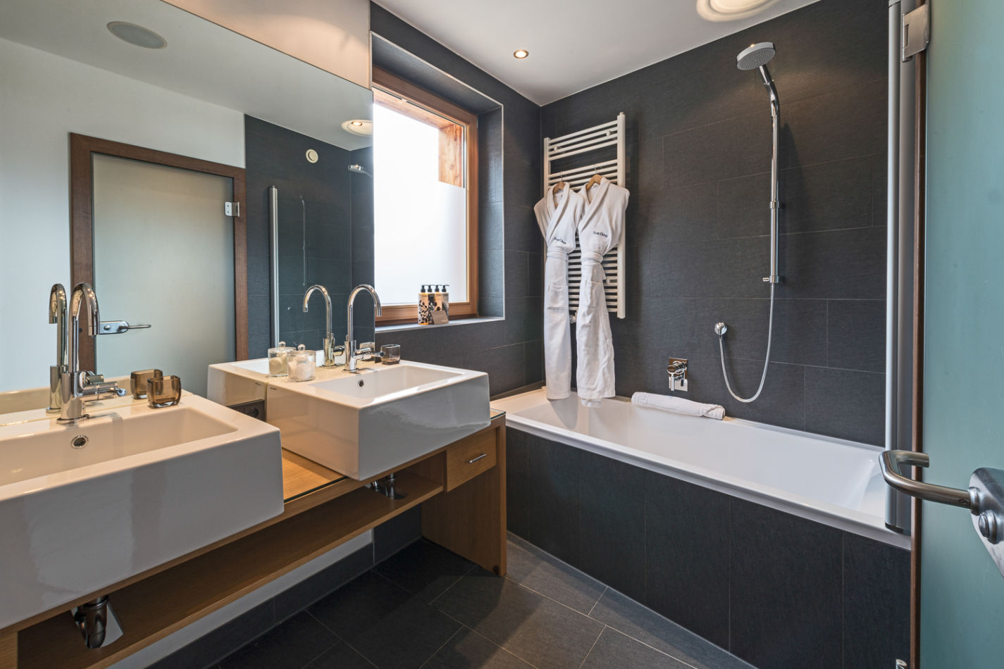 bathroom_double_2-5