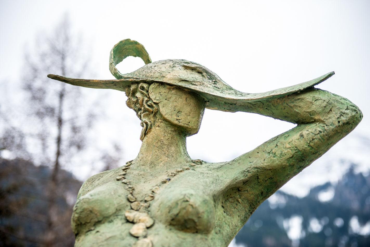 sculpture_detail