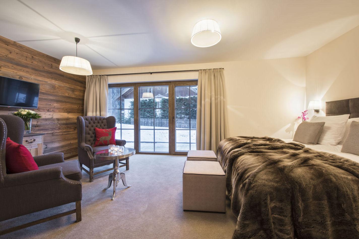 ariane-bedroom-2