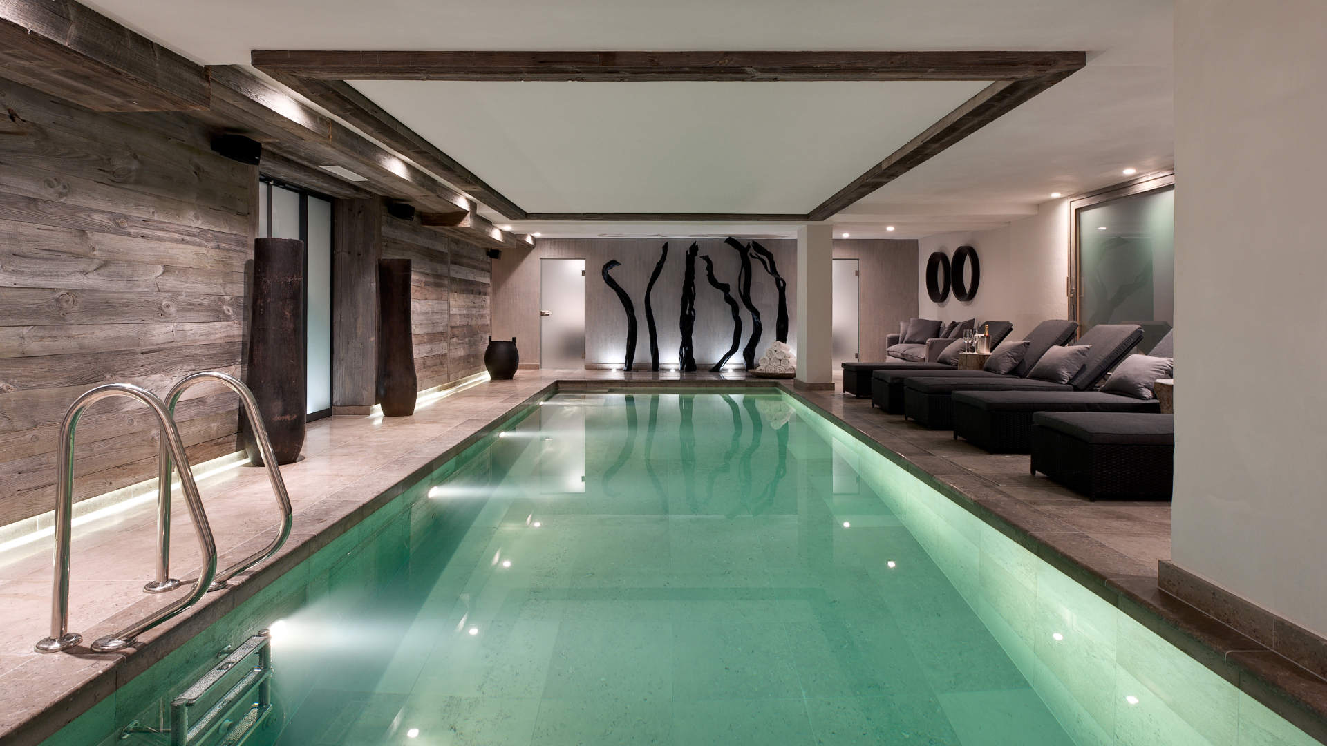 no-14-swimming-pool-3