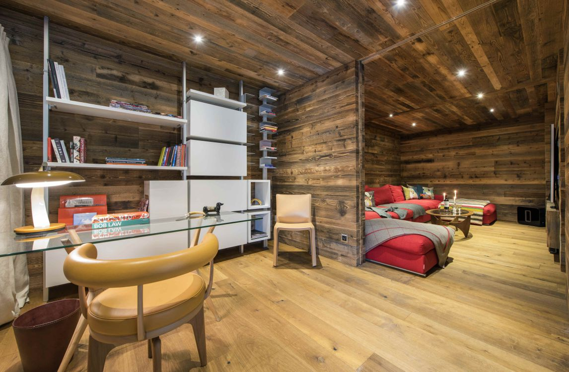 place-blanche-1-tv-room-2