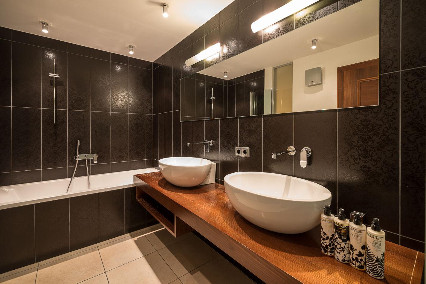bathroom_1_web-4