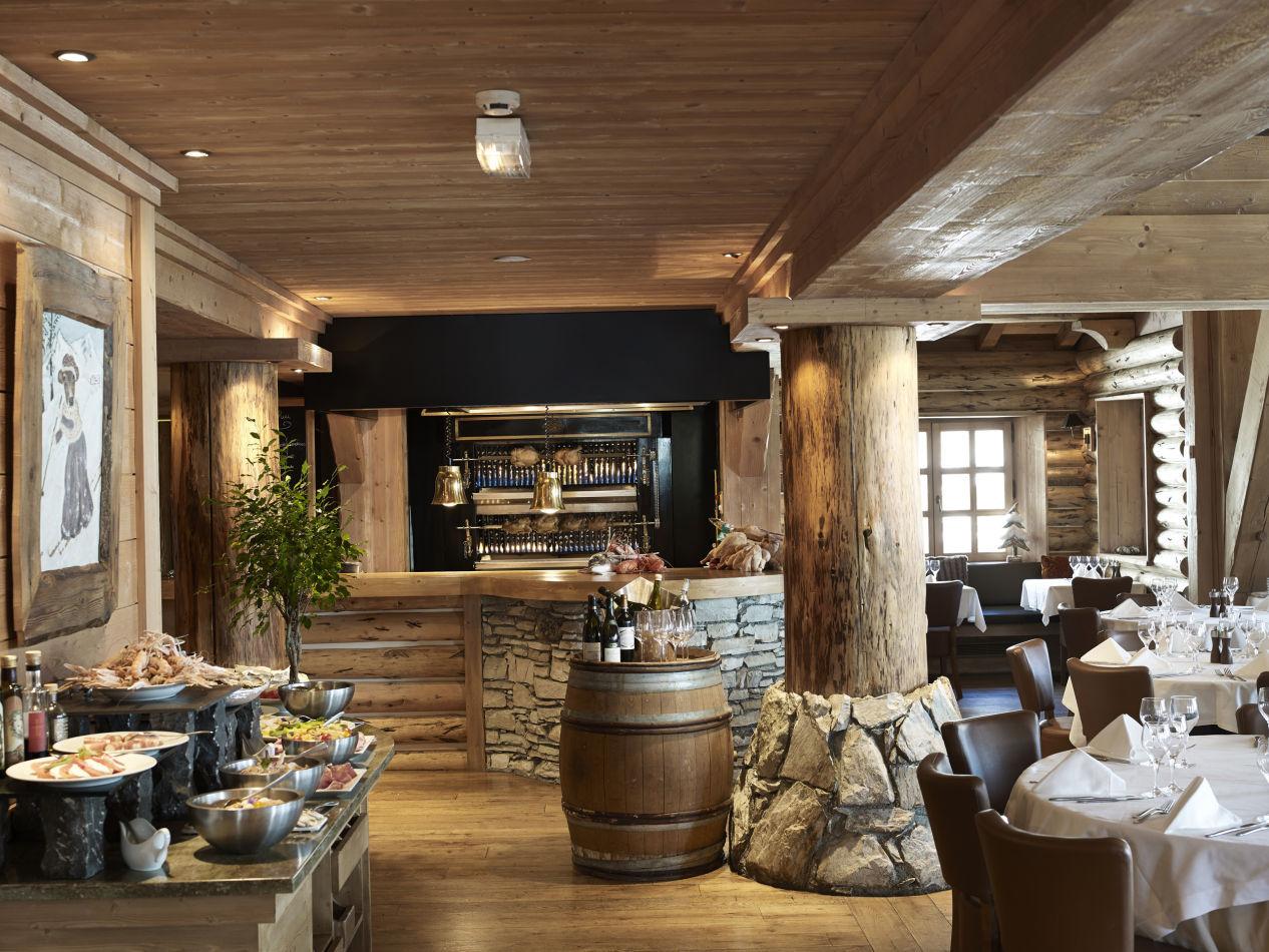 11-restaurant-la-ro%cc%82tisserie