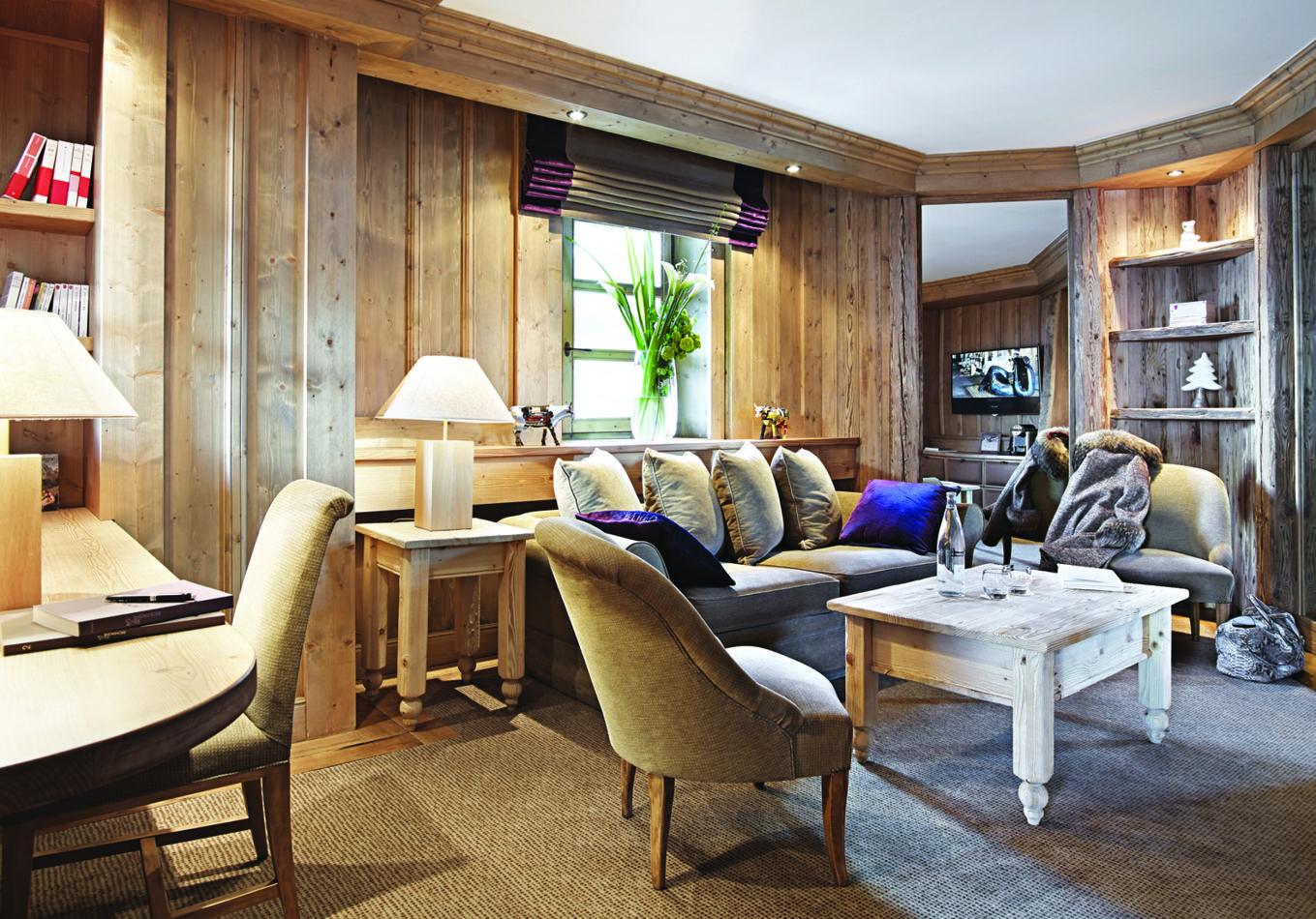 21-suite-de-lourson-chalet-dalpage-salon-ourson-bear-cub
