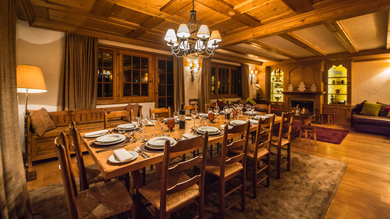 chalet-maisonnee-a-dining-night-2