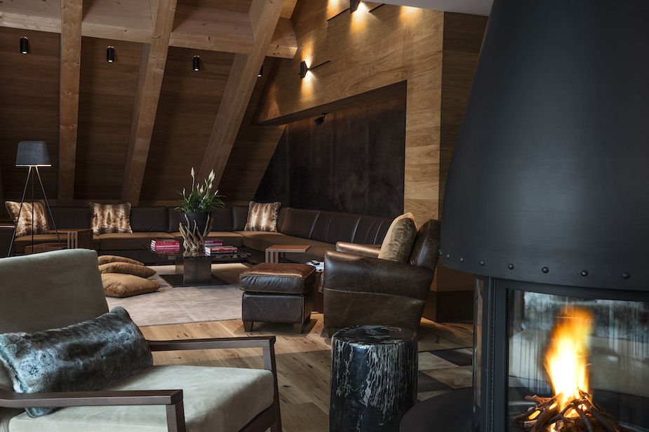 chedi-andermatt-furka-suite-living-room-2