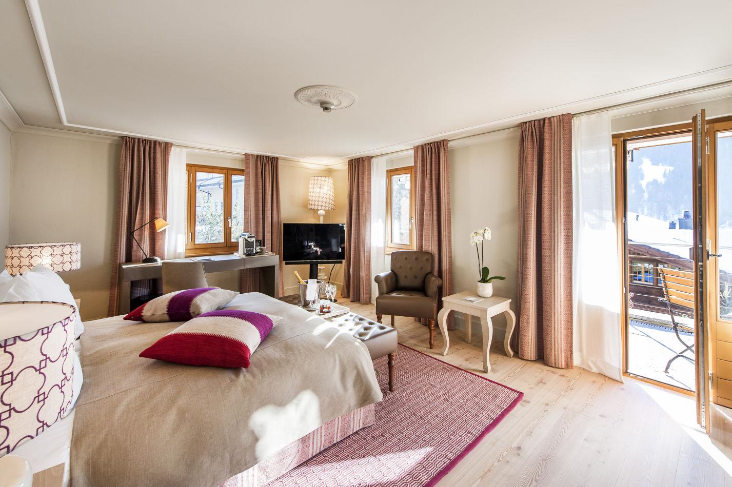 deluxe-chic-room-chalet-2