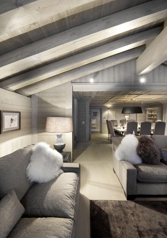 lounge-white-room
