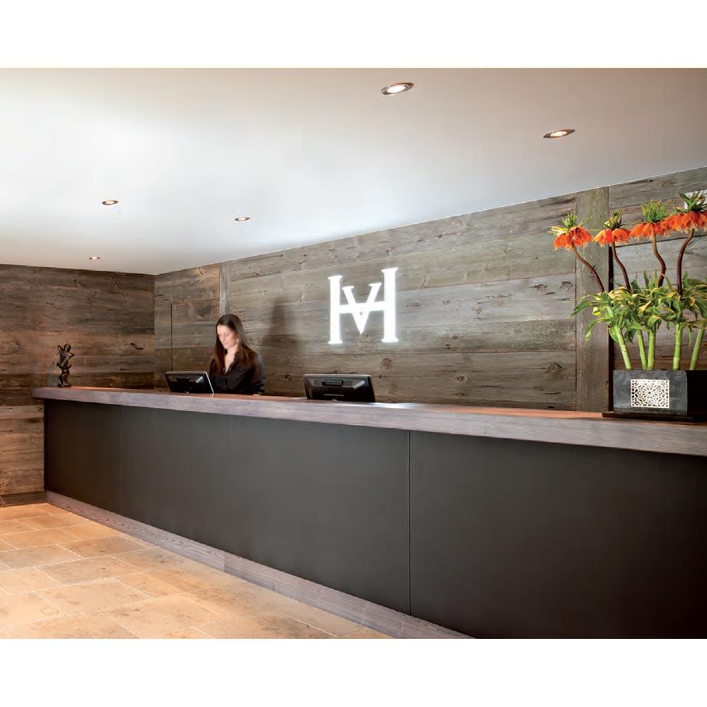 hotel-vanessa-reception