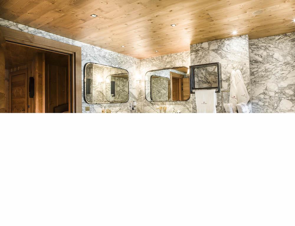 ho%cc%82tel-mourra_suite-2-chambres_145_5