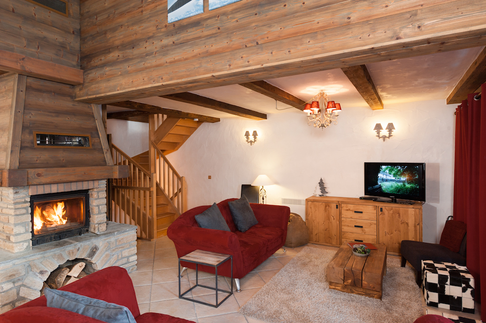 the-south-face-catered-chalet-premiere-neige