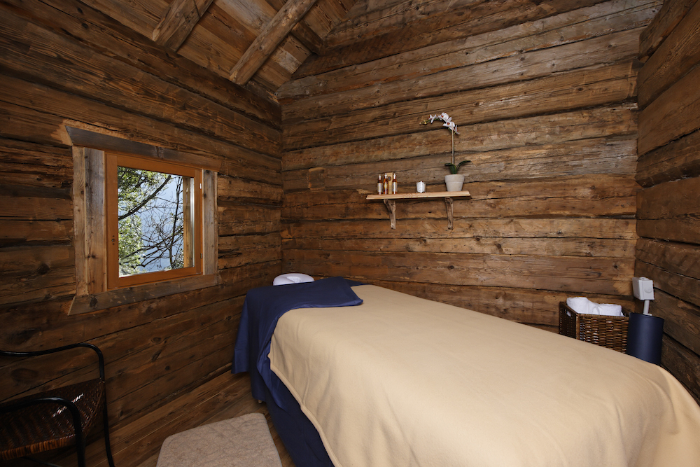 the-massage-room-at-chalet-merlo-2