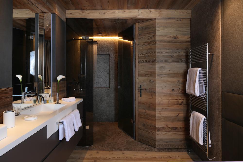b21i1066_residence_badezimmer