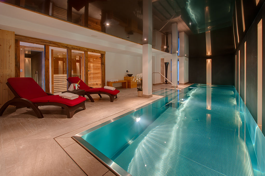 chalet-white-pearl-swimming-pool-2