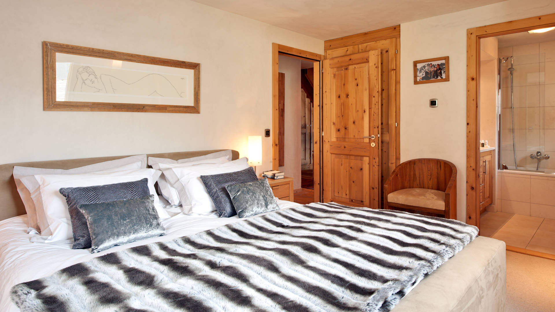chalet-ect-bedroom1-2