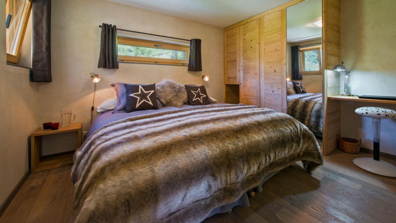 chalet-rock-bedroom3-3