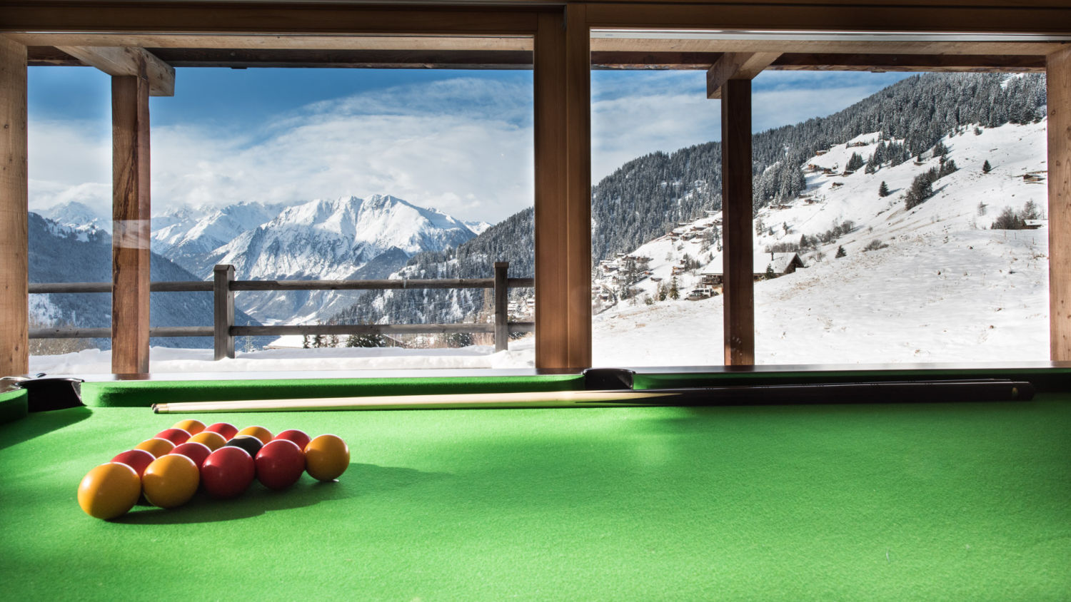 chalet-rock-pool-table-2