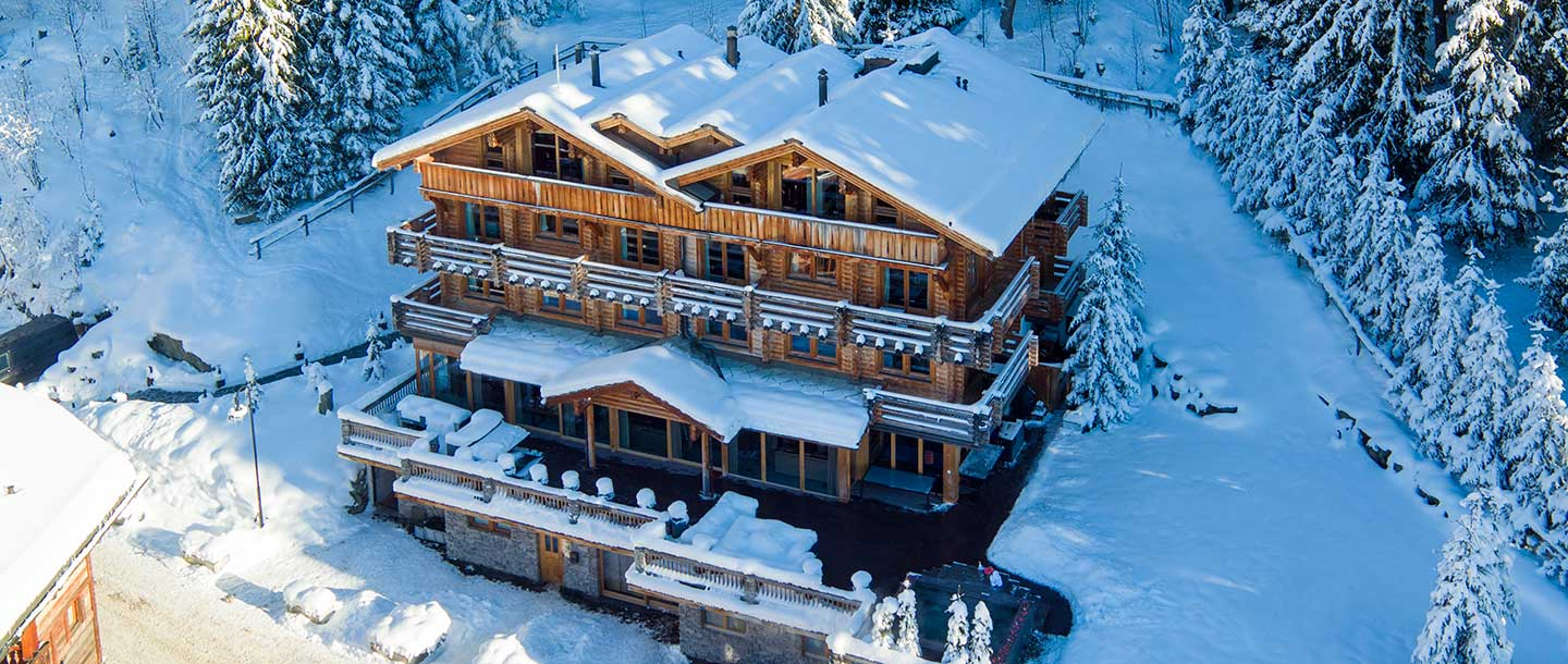 28-the-lodge-winter-exterior